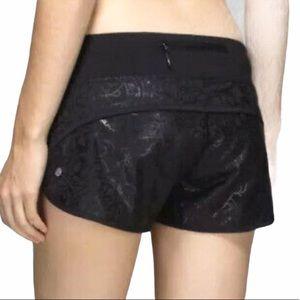 Lululemon Run Speed Shorts in Black Peacock Lace